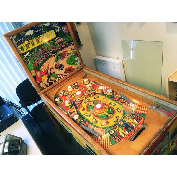 Machine à boules pinball Williams Struggle Buggies 1953 woodrail vintage antique rare pin balle wood rail - image 4
