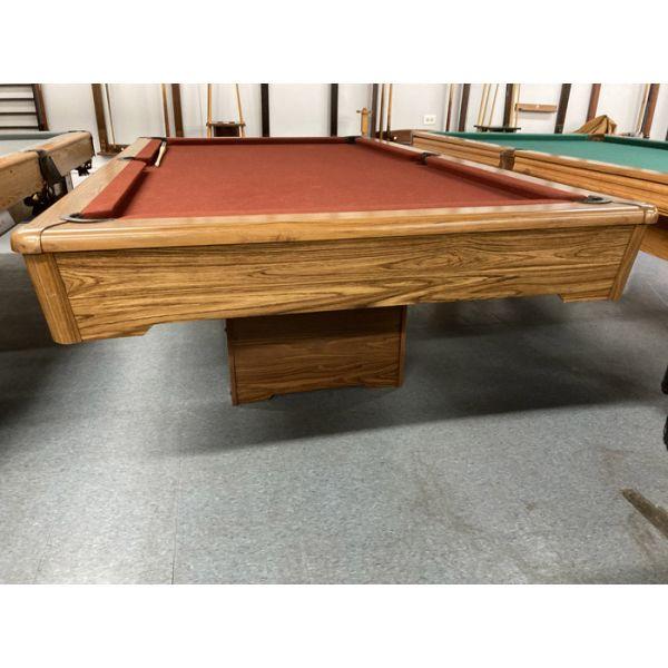 Table de billard Sears format Snooker 8 pieds usagée au fini Chêne Moyen